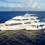 carpe diem private maldives surf charter boat